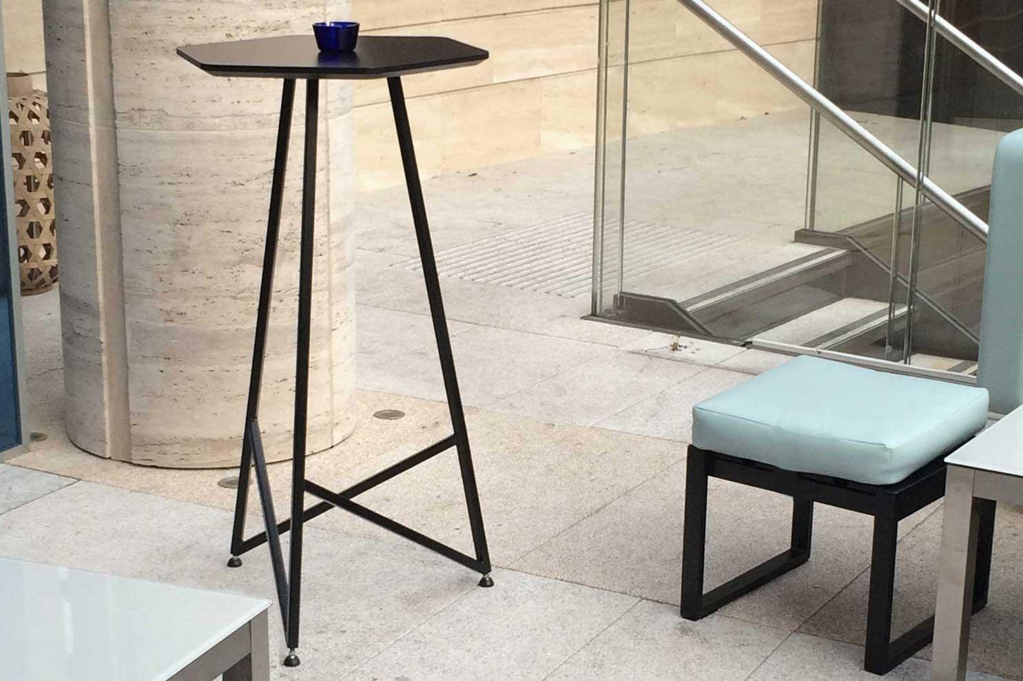 Niche-HexTable-Table-TulettDesign
